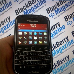 bold99xx-blackberry-magazine